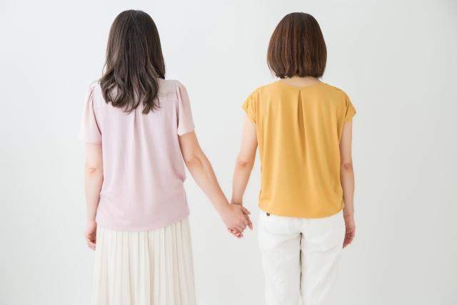 友達と好きな人がかぶった場合はどうすればいい?友情と恋愛の選択